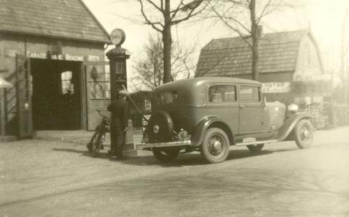 'Benzinepomp Henk de Bie', collectie Wim de Bie.