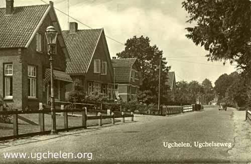 Ugchelseweg met links slagerij Wim Woutersen, collectie Gert Woutersen.