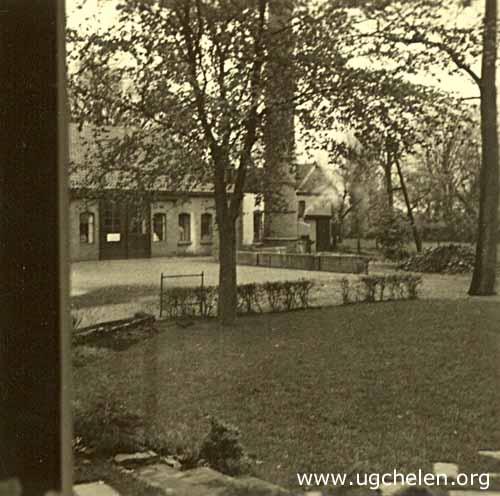 De Wasserij vanuit huis gezien, collectie Dietje Mensing-Geurts.