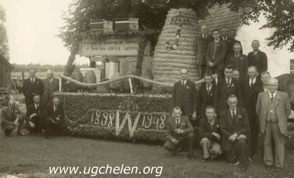 Praalwagen Ugchelense Imkers 1948